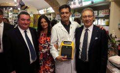 Consegna defibrillatore c/o Farmacia Guerriero